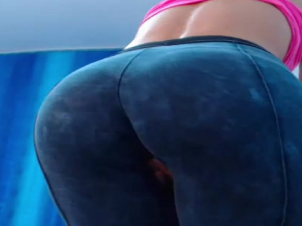Assinairxx masturbating through herwet leggings 2015-09-16
