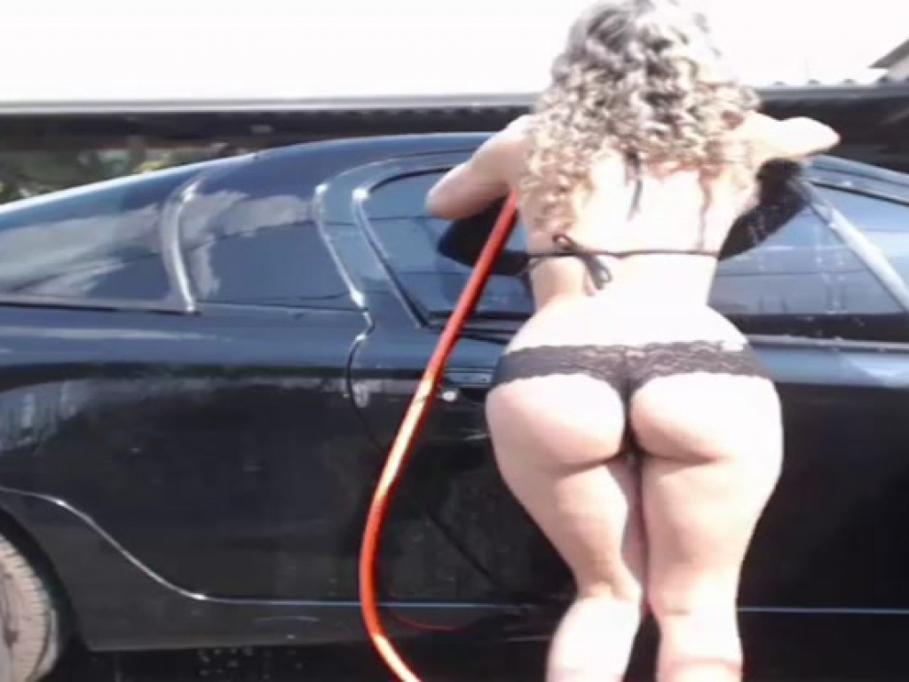 Laylabrasil hot carwash