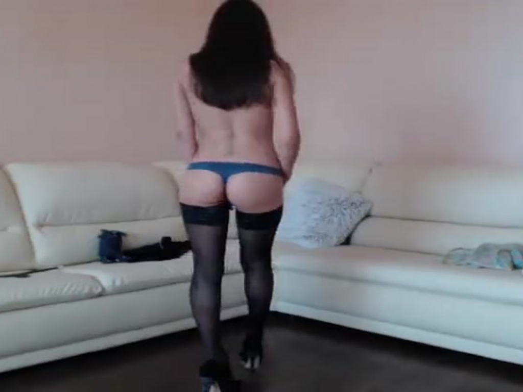 Yevheniia fingering her pussy in private show  July     Cam Whores The Best Cam Whores on the Net